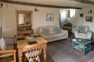 mole_end_steppes_farm_monmouthshire_holiday_cottages_004