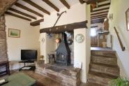 wood_cottage_steppes_farm_monmouthshire_holiday_cottages_005