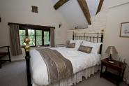 wood_cottage_steppes_farm_monmouthshire_holiday_cottages_007