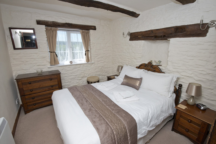 Owl Grove Steppes Farm Monmouthshire Holiday Cottages
